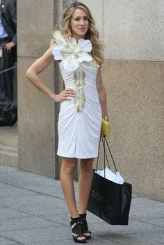 white and gold dress with killer black heels. beachy wavy hair and no jewelry needed. looove