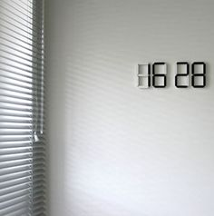 Cool floating clock...