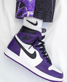 Dr Shoes, Cute Nike Shoes, Swag Shoes, Cute Sneakers, Nike Air Shoes, Hype Shoes, Sneakers Nike, Purple Sneakers, Girls Shoes