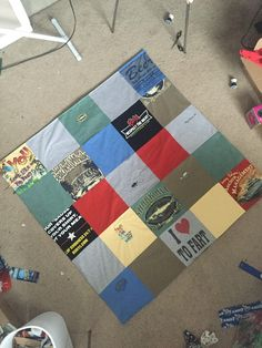 Simple instructions on how to make a blanket from t-shirts