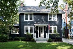 The New American Gothic: 11 Modern Farmhouses with Curb Appeal - Gardenista Café Exterior, Black House Exterior, Exterior Paint Colors For House, Paint Colors For Home, Exterior Colors, Exterior Design, Green House Paint, Exterior Paint Schemes, Exterior Remodel