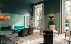 Best Interior Design, Interior Design Inspiration, Chair Design, Furniture Design, Modern Entryway, Gold Walls, Living Room Lighting, Living Room Sets, Luxury Living