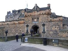Edinburgh Castle | Best places in the World