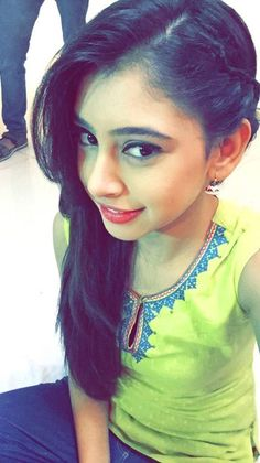 Nandani Amazing Dp, Niti Taylor, Teen Actresses, Celebs, Celebrities, Indian Designer Wear, Stylish Girl, Hottest Models, Beautiful Actresses