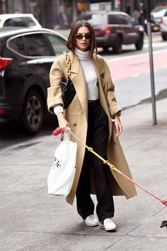 Celebrity Style Casual, Celebrity Outfits, Winter Fashion Outfits, Autumn Winter Fashion, Classy Outfits, Trendy Outfits, Emily Ratajkowski Outfits, Model Street Style, Elegantes Outfit