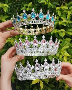 Amazing tiaras, Available to order. Cute Jewelry, Hair Jewelry, Bridal Jewelry, Quinceanera Tiaras, Accesorios Casual, Princess Aesthetic, Crystal Crown, Tiaras And Crowns, Pageant Crowns