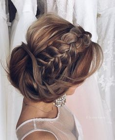 Wedding updo hairstyle idea 10 via Ulyana Aster - Deer Pearl Flowers / http://www.deerpearlflowers.com/wedding-hairstyle-inspiration/wedding-updo-hairstyle-idea-10-via-ulyana-aster/