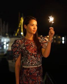 Image may contain: 1 person Thai Model, Happy Diwali, Korean Music, Celebs, Celebrities, Celebrity Couples, Traditional Dresses, Asian Beauty, Asian Girl