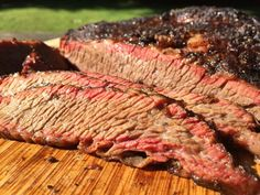 Best Brisket Rub Five Competition Tested Winners These dry rubs are battle tested winners that will elevate your barbecue game. Come see the five best brisket rubs that money can buy. Best Brisket Rub, Bbq Brisket, Smoked Brisket, Smoked Ribs, Beef Brisket Recipes, Barbecue Recipes, Grilling Recipes, Catering Recipes, Grilling Tips