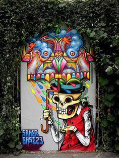 street art by Mexican artist Saner - work in Berlin 3d Street Art, Amazing Street Art, Street Artists, Amazing Art, Graffiti Art, Street Art Graffiti, Pop Art, Urbane Kunst, Art Mural