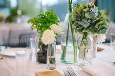 DIY Wedding – Table styling with garden herbs