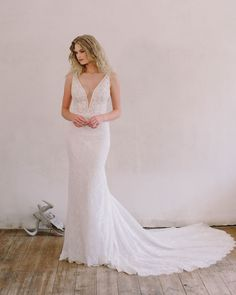 Meet Willow from our 2021 collection, Pure. Get in touch with us on info@annageorgina.co.za if you have any queries. We'd love to hear from you! #AnnaGeorgina #Pure2021 #WeddingDress 21st, Touch, Pure Products, Wedding Dresses, Collection, Instagram, Fashion, Bride Dresses, Moda