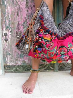 one of my all time favorite JADEtribe bags.photographed in Bali - boho chic Hippie Style, Mode Hippie, Gypsy Style, Boho Gypsy, Hippie Boho, Bohemian Style, Boho Chic, Bohemian Bag, Ibiza Style