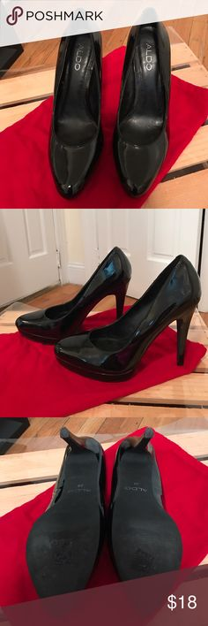 Aldo Black Patent Leather Heels Aldo Black Patent Leather Heels in Size 8. Good condition. No major scuffs - only worn a few times. Perfect basic heel for work/going out. ❤👠 Aldo Shoes Heels
