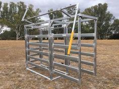 M & M Stockyards - Our Gear - cattle yards, portable panels, ramps, gates. Livestock, Cattle, Gates, Fence, Manual, Yard, Ranch, Gado Gado, Patio
