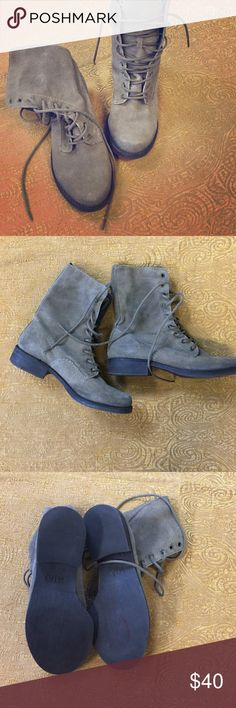 Mia lace up rugged greenish gray combat boots 7M Suede Mia rugged greenish gray combat boots 7M MIA Shoes Combat & Moto Boots