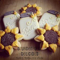Two Dozen Mason Jar & Sunflower Decorated Cookies by GDcookies wedding cookies Items similar to Two Dozen Mason Jar & Sunflower Decorated Cookies on Etsy Sunflower Cookies, Sunflower Party, Sunflower Baby Showers, Sunflower Weddings, Fall Cookies, Yummy Cookies, Sugar Cookies, Thanksgiving Cookies, Fall Decorated Cookies