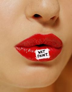 Lips for Red and White Minimalist - Leticia Fontana.