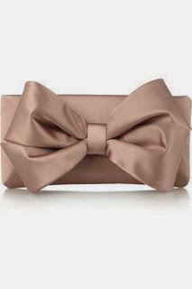 Valentino Bow-embellished satin clutch If I were a Rich Girl Wishlist navidad