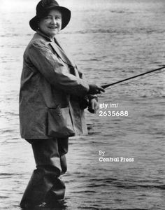 The Queen Mother in 1966 (Queen Elizabeth II's mother, Elizabeth Angela Marguerite Bowes-Lyon August 1900 – 30 March Scotland History, Uk History, Hm The Queen, Queen Mary, British Nobility, Lady Elizabeth, English Royal Family, Duchess Of York, Queen Mother