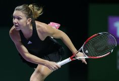 Simona Halep s-a calificat în finala Turneului Campioanelor Tennis Online, Simona Halep, Tennis Players Female, Serena Williams, Tennis Racket, Live, Sports, Tennis, Singers