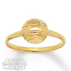 Show off your fandom with this fashionable Star Wars™ ring for her, featuring the Death Star. The ring is crafted of 10K yellow gold and decorated with a crystal. © & ™ Lucasfilm Ltd.