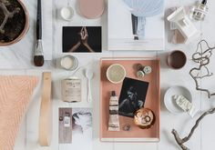I like this styling by Pella Hedeby a lot. The copper, combined with soft pinks and terracotta tints combines so well in this workspace. I especially like the flatlay syling in the last picture as well. Pictures by Sara Medina … Continue reading →
