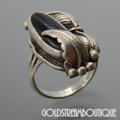 NATIVE AMERICAN VINTAGE NAVAJO STERLING SILVER BLACK ONYX FEATHERS RING SIZE 6.75