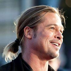 Brad Pitt Ponytail - Best Brad Pitt Haircuts: How To Style Brad Pitt's Hairstyles, Haircut Styles, and Beard #menshairstyles #menshair #menshaircuts #menshaircutideas #menshairstyletrends #mensfashion #mensstyle #fade #undercut #bradpitt #celebrity #bradpitthair Celebrity Hairstyles, Hairstyles Haircuts, Haircuts For Men, Brad Pitt Style, Long Hair Cuts, Long Hair Styles, Brad Pitt Haircut, Bleach Blonde, Famous Men