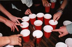 11 Simple Drinking Games You Need To Play Right Now. Some look kinda fun. I don't think they're drinking games. Easy Drinking Games, Drinking Games Without Cards, Kings Cup Drinking Game, College Drinking Games, Halloween Drinking Games, Drinking Funny, Drinking Games For Parties, Halloween Party, King Cup