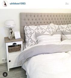 Fin sengegavl og sengetøy