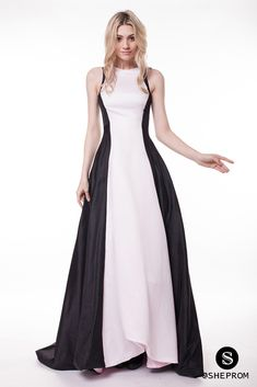 Only $126, Celebrity Black And White Sweep Train Formal Dress #CK224 at #SheProm. SheProm is an online store with thousands of dresses, range from Prom,Formal,Evening,A Line Dresses,Black and White Dresses,Long Dresses and so on. Not only selling formal dresses, more and more trendy dress styles will be updated daily to our store. With low price and high quality guaranteed, you will definitely like shopping from us.