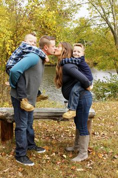 Fall Family Pictures - Poses