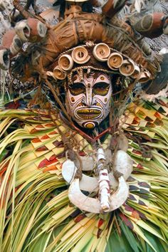 Papua New Guinea |  'Traditional Sing-Sing Participant' | © Asia Transpacific