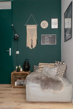 Living Room Green, Bedroom Green, Living Room Sets, Home And Living, New Room, Home Furniture, Sweet Home, Room Decor, House Styles