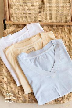 Khaki Pants, Products, Fashion, T Shirts, Moda, Khakis, Fashion Styles, Fashion Illustrations, Gadget