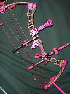 Images For > Pink Camo Bow And Arrow