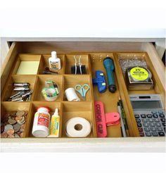 This Expandable Junk Drawer Organizer makes it easy to keep any drawer in your home or office neat and tidy.