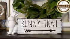 hoppy easter Bunny Trail Wood Sign Easter Spring Farmhouse by CrossinMyHeart Spring Projects, Easter Projects, Spring Crafts, Easter Crafts, Holiday Crafts, Easter Ideas, Easter Dyi, Holiday Decor, Hoppy Easter