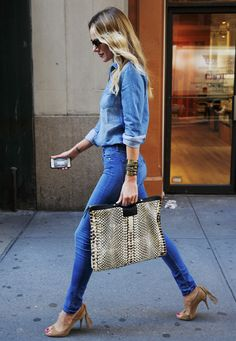Denim / Python bag - and what about those pony tail shoes?  You young chicks can maybe do this look, I could carry your bag.