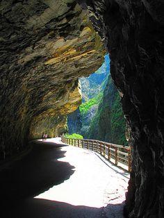 Takoro Gorge, Hualien, Taiwan -- 2 WEEKS!!