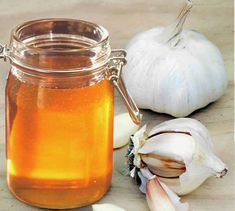 Have Garlic And Honey On Empty Stomach. After A Week, The Body Will Be Changed and Healed of Many Diseases – Remedy Home Care Healthy Facts, Healthy Tips, Honey Benefits, Health Benefits, Eating Raw Garlic, Natural Health Tips, Honey Recipes, Healthy Vegetables, Alternative Medicine
