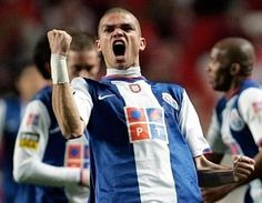 Como seriam as equipas de Benfica, FC Porto e Sporting se não tivessem vendido os seus maiores craques? (© REUTERS)