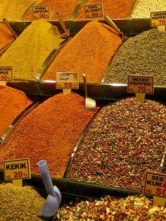 Istanbul Spice Market, via Flickr.