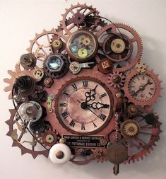 Items similar to E. Original Steampunk Clock - Cool Gadgets on Etsy Steampunk Furniture, Steampunk Interior, Steampunk Accessoires, Steampunk Clock, Steampunk Gadgets, Cool Clocks, Decoration Originale, Sistema Solar, Antique Clocks