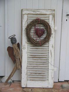 /Alter-Fensterladen