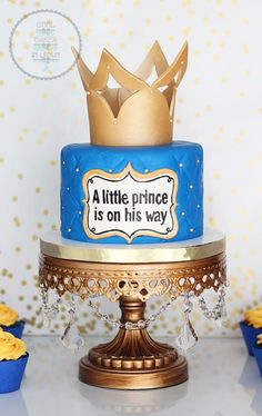 21 Ideas Baby Shower Cupcakes For Boy Prince Baby Shower Cupcakes For Boy, Baby Shower Sweets, Cupcakes For Boys, Baby Shower Themes, Baby Shower Gifts, Shower Ideas, Prince Cake, Royal Prince, Baby Prince