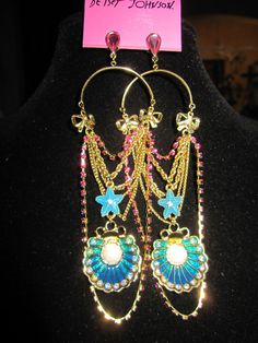 BETSEY JOHNSON SEA EXCURSION CLAM AND STARFISH DANGLE EARRINGS