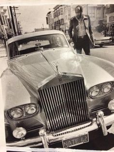 In honor of #Warriors opener: 1975 Chronicle photo of Nate Thurmond and his silver Rolls (via Peter Hartlaub - Twitter)