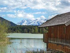 Des Kaisers Lust auf frische Fische - #myinnsbruck Kaiser, Cabin, Mountains, House Styles, Nature, Travel, Home Decor, Naturaleza, Viajes